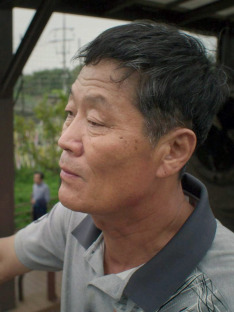Otroctví v Severní Koreji – Dolaroví hrdinové