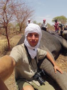 S Arthurem za slony