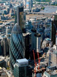 Tři města, která změnila svět: Amsterdam, Londýn, New York (3)